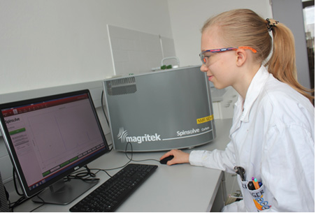 A college student learns about NMR with the Magritek Spinsolve Carbon at HTBLA Wels in Austria