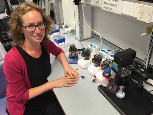 Emma Lucas with Dolomite Bio Single Cell RNA Seq System