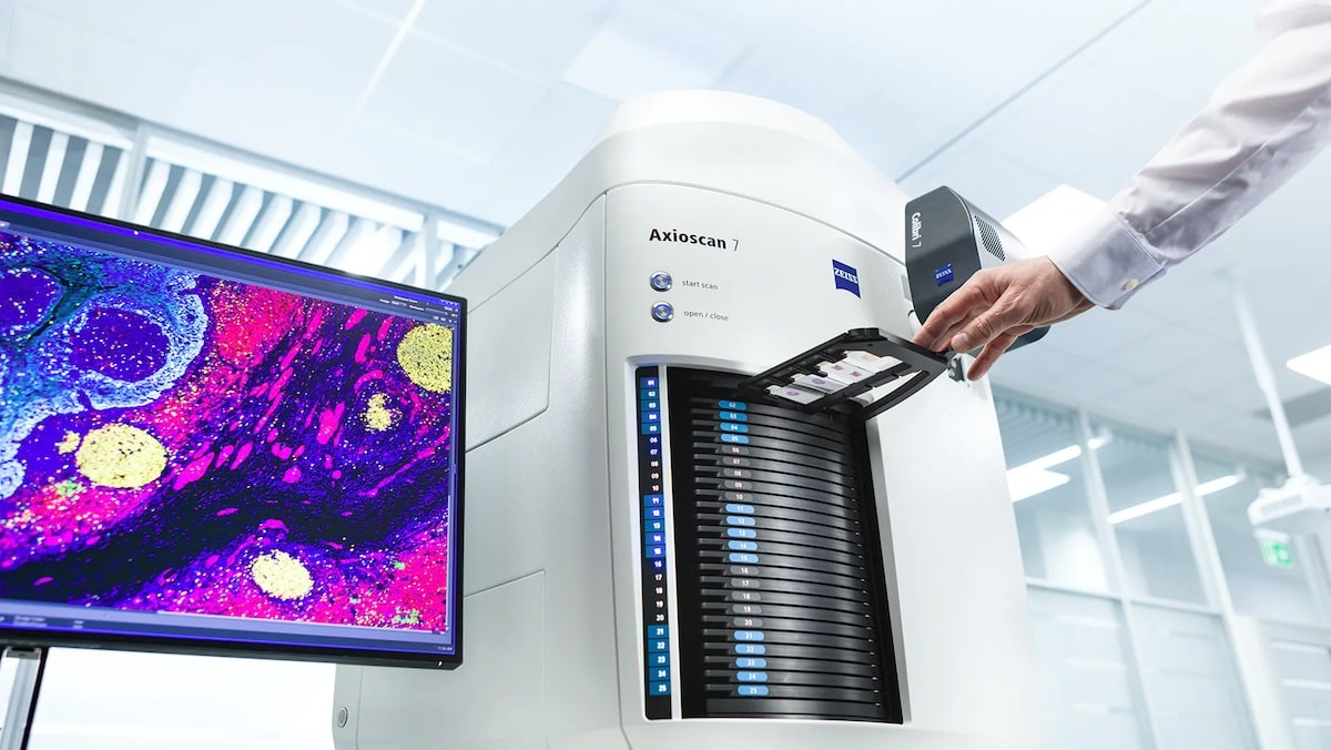 zeiss-introduces-new-microscopy-slide-scanner