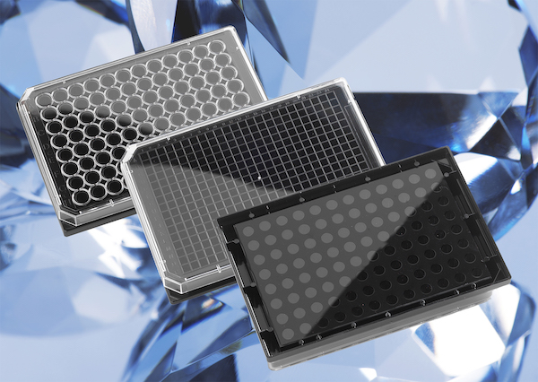 family of ultra-flat Krystal™ glass bottom microplates
