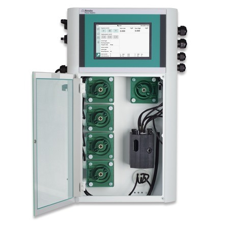New_compact_process_photometer